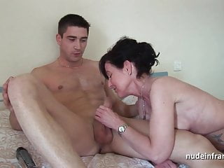 Pretty Mature cougar hard banged and fisted