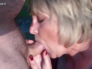 Mature mother Monieka sucks cock and squirts like crazy
