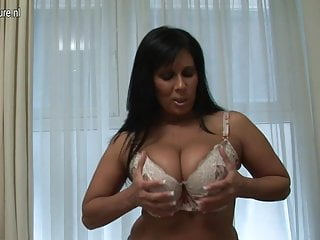 British MILF shows off gorgeous body and has dildo fun