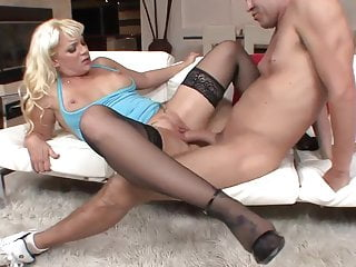Great facial for blonde mature cougar in black stockings