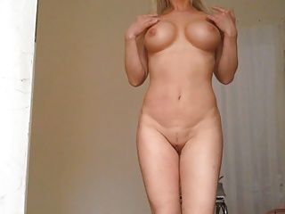 HOT MILF UNDRESSING, SHOWING HUGE TITS, PUSSY and Long LABIA