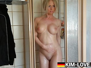 MILF FUCKING HER SELF UNDER THE SHOWER! HUGE TIT MAMA SKINNY