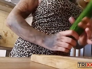 Vegan pussy! Today there is cucumber, very deep inside! TITS