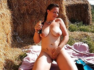 HUGE TITS GERMAN MILF FUCK OUTDOOR! EXTREME PUBLIC FUCKING