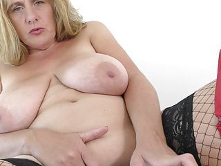 Mother with big natural tits loves kinky sex
