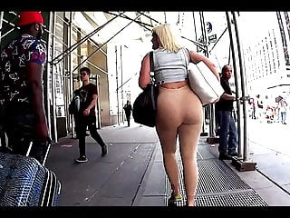 blondie ass in tight leggings