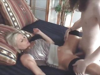 horny blonde cheating milf fucks young guy 23rwesd