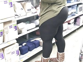 Ebony Phat Bubble Ass in Tights