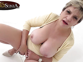 Busty mature Lady Sonia has such a filthy mind