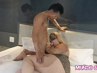 ANAL - BIG DICK IN THE ASS OF MARRIED WOMAN