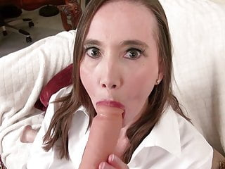 Hungry mom fucks her ass and pussy with dildos