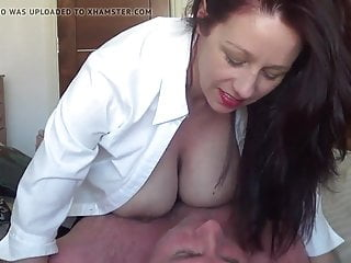 BEAUTIFUL BLACK HAIRED FEM DOM WORKING A COCK