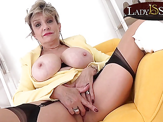 Busty blonde Lady Sonia wants to masturbate with you