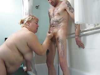 Bbw marure spy loves to suck stepsons cock in the shower