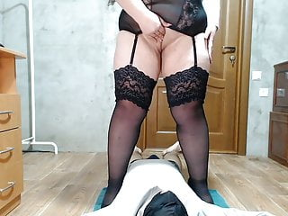 Mistress let her slave enjoy her pussy sound